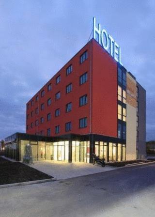 Hotel Pictures: Qualitel Hilpoltstein, Hilpoltstein