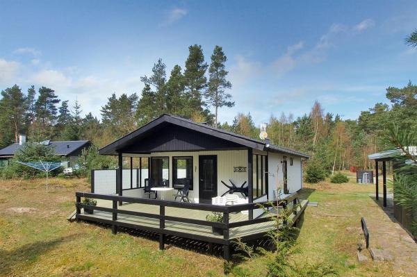 Hotel Pictures: Holiday home Fyrreskoven D- 1296, Vester Sømarken