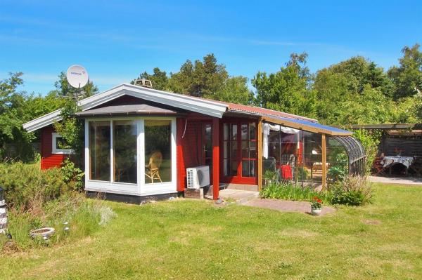 Hotel Pictures: Holiday home Grønnevej H- 1468, Reersø