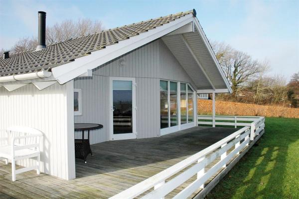 Hotellbilder: Holiday home Havremarken H- 1660, Hejls