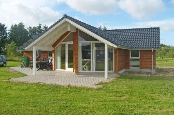 Hotel Pictures: Holiday home Kronvildtvej H- 2524, Brovst