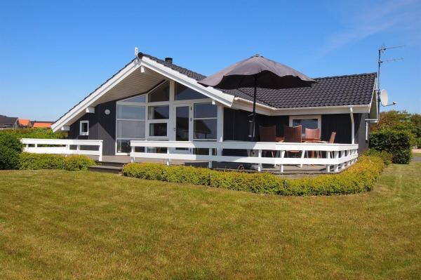 Hotel Pictures: Holiday home Lerskrænten B- 2678, Vinderup