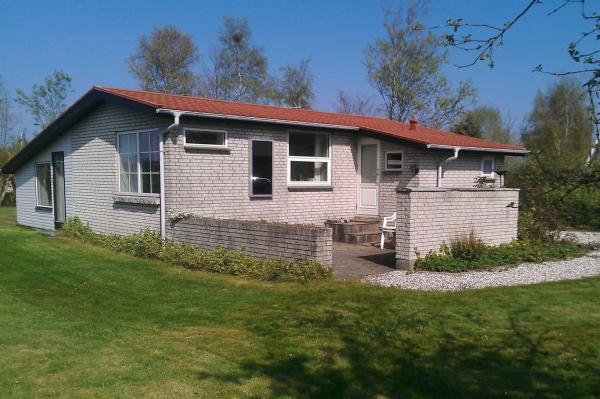 Hotel Pictures: Holiday home Madsens A- 2845, Egeskov
