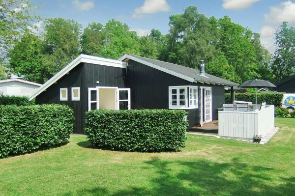 Hotel Pictures: Holiday home Niels E- 3129, Sønderby