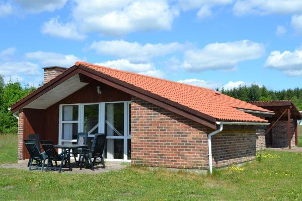 Hotel Pictures: Holiday home Østmarken F- 3394, Arrild