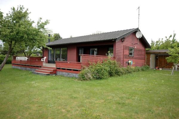 Hotel Pictures: Holiday home Pærevej C- 3439, Vordingborg