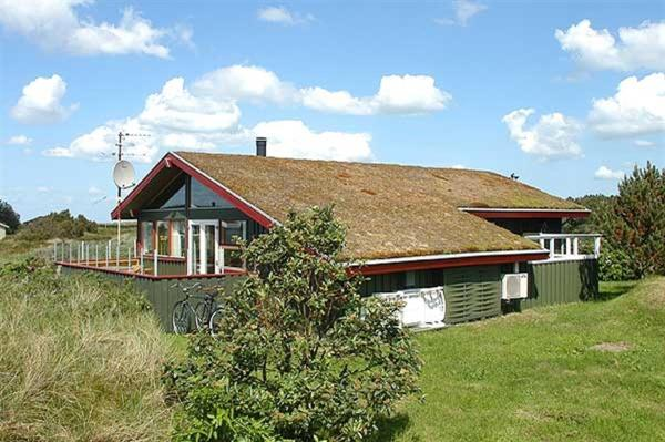 Hotel Pictures: Holiday home Ringvejen G- 3731, Bolilmark