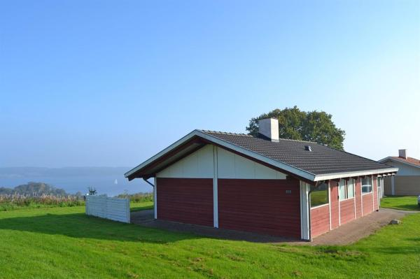Hotel Pictures: Holiday home Sandskærvej A- 3909, Løjt