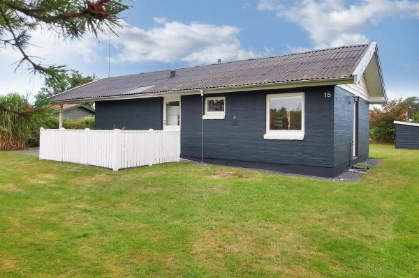 Hotel Pictures: Holiday home Siriusvej A- 3981, Voldby