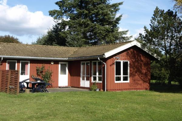 Hotel Pictures: Holiday home Sønder A- 4309, Hals