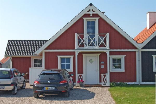 Hotel Pictures: Holiday home Strandgårdsvej B- 4542, Bro