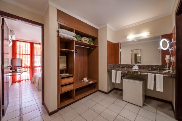 Two-Bedroom Family Apartment (4 Adults)
