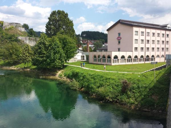 Foto Hotel: Hotel Stari Grad Ilma, Bosanska Krupa