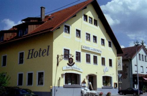 Hotel Pictures: Hotel und Pension Garni zur Post, Durach