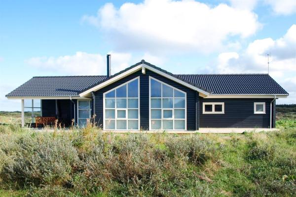 Hotel Pictures: Holiday home Kjulvej E- 2265, Hirtshals