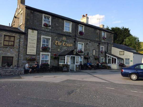 Hotel Pictures: The Crown Hotel, Horton in Ribblesdale