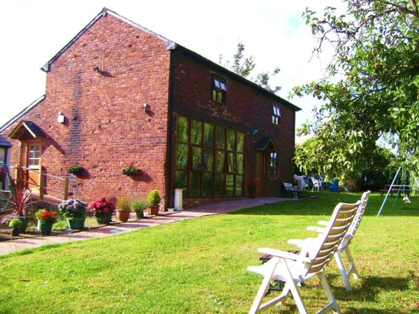 Hotel Pictures: Brook Barn B&B, Hale