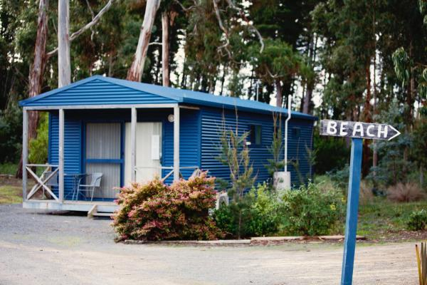 酒店图片: Seven Mile Beach Cabin and Caravan Park, Seven Mile Beach