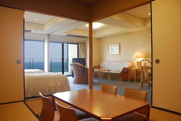 Triple Room with Tatami area -