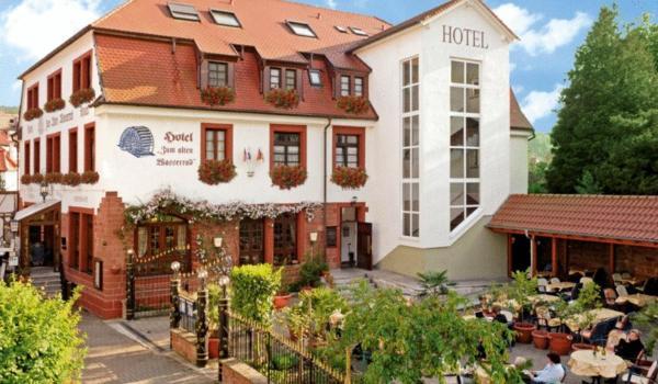 Hotel Pictures: , Annweiler am Trifels