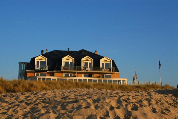 Hotel Pictures: Strandhotel Noordzee, De Koog