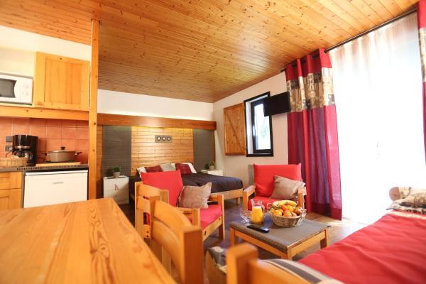 Hotel Pictures: Village Club Les Tavaillons, Les Carroz dAraches