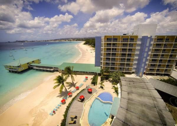 ホテル写真: Radisson Aquatica Resort Barbados, ブリッジタウン