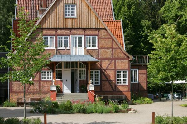 Hotel Pictures: Hotel Waldhof auf Herrenland, Mölln