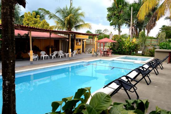 Hotel Pictures: Cabañas Yakuruna, Leticia