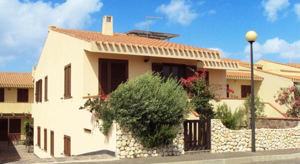 Villa San Dzhovanni Di Sinis buy cheap