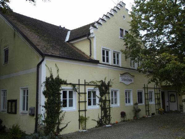 Hotel Pictures: Guest House Schloß Tunzenberg, Mengkofen