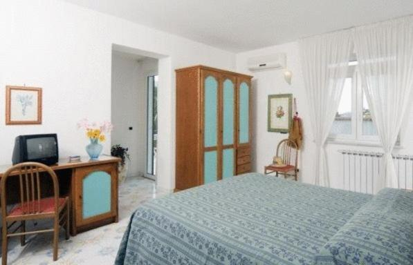 Double or Twin Room with Spa Package