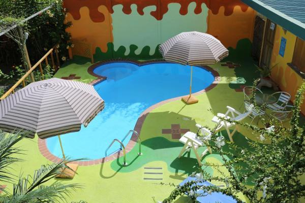 Hotel Pictures: Hotel La Casa de las Flores, Cahuita
