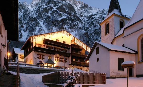 Fotos do Hotel: Der Pitztaler Kirchenwirt, Sankt Leonhard im Pitztal