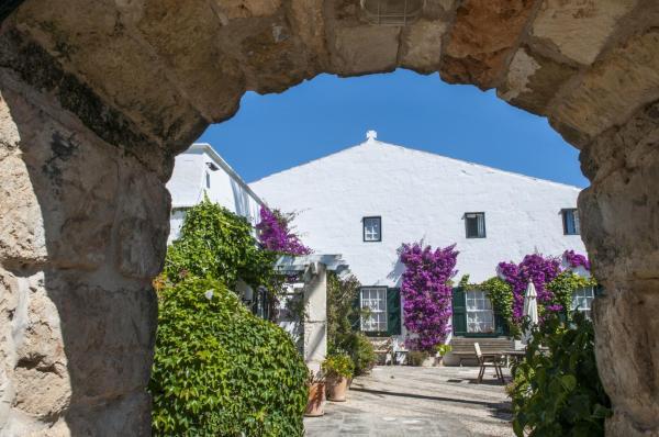 Hotel Pictures: Hotel Rural Biniarroca - Adult Only, Sant Lluis