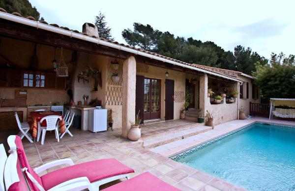 Hotel Pictures: Les Magnolias, Le Castellet