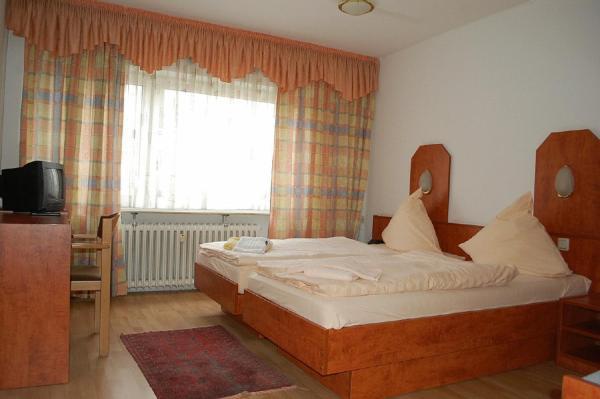 Hotel Pictures: Hotel Adonis, Engelnstedt