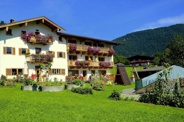 Foto Hotel: Hutmann, Kirchdorf in Tirol