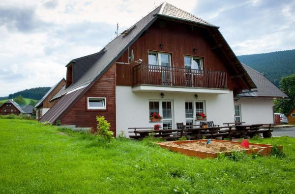 Hotel Pictures: Penzion Geppert, Ostružná