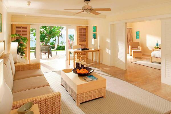 Premier One-Bedroom King Suite