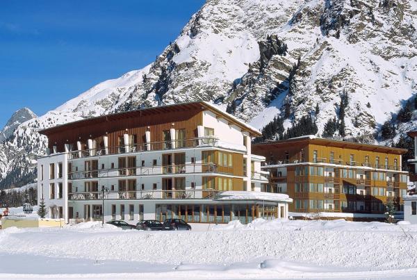 Hotel Pictures: Hotel Vier Jahreszeiten, Sankt Leonhard im Pitztal