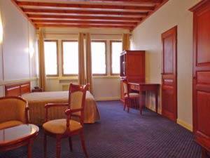 Hotel Pictures: Hôtel Losset, Flagey-Échézeaux