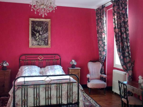 Hotel Pictures: Manoir de James, Saint-Ferme