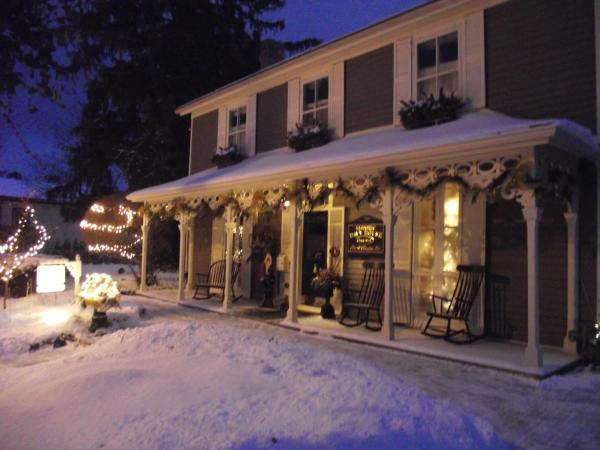 Hotel Pictures: Historic Davy House Bed & Breakfast, Niagara on the Lake
