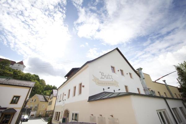 Hotel Pictures: Gasthof Butz, Wörth an der Donau