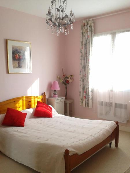 Hotel Pictures: Lo & Clo, Gensac