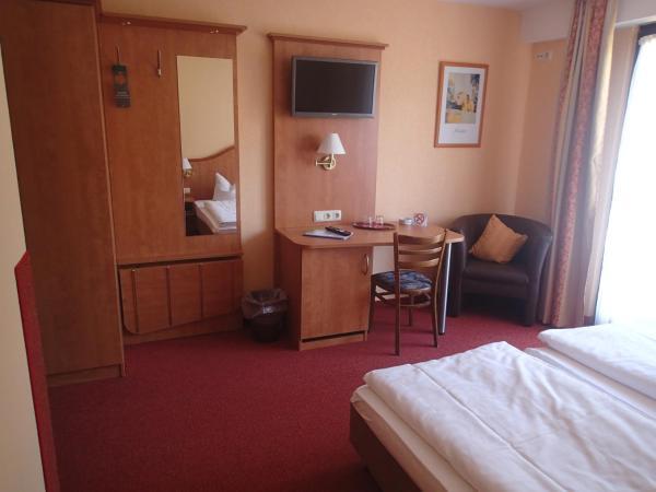 Hotel Pictures: Landhotel Spessartruh, Frammersbach