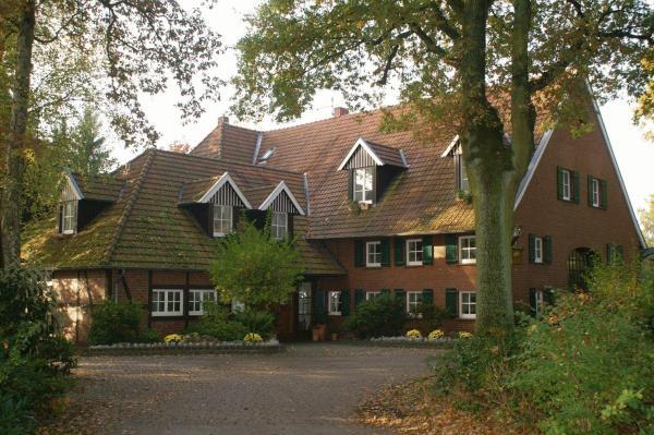 Hotel Pictures: Aust - Das Landhotel, Warendorf