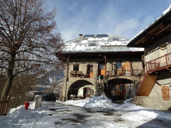 Hotel Pictures: Studio Illamane, Les Vigneaux
