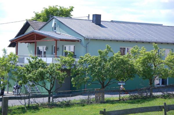 Hotelbilleder: Ferienwohnungen Landgasthaus Janshen, Ellscheid